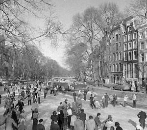 IJspret op de grachten van Amsterdam