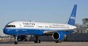 De naar idee van Oprah Winfrey geschilderde en ingerichte 747 van United Airlines