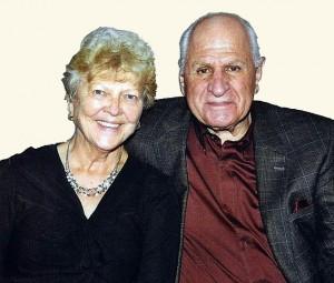 John Chakalos met zijn vorige maand overleden vrouw Rita