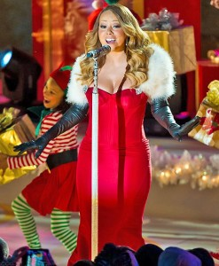 Mariah Carey in Christmas outfit